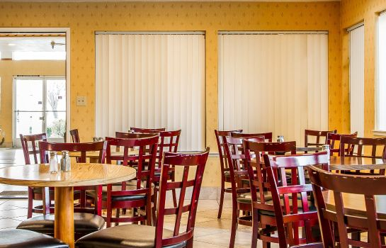 Restaurant Quality Inn near Six Flags Discovery Kin