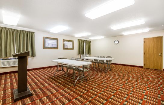 Conference room Quality Inn & Suites Marion