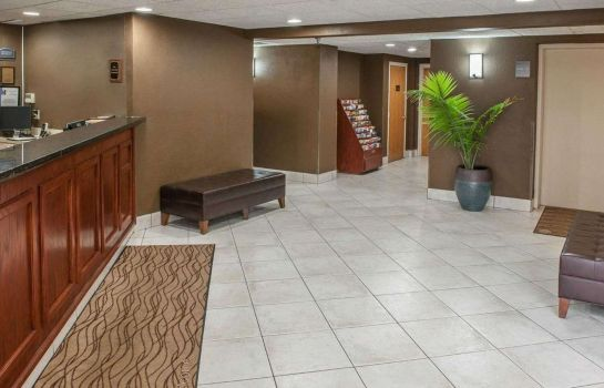 Hall Comfort Inn South