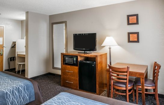 Zimmer Comfort Inn South