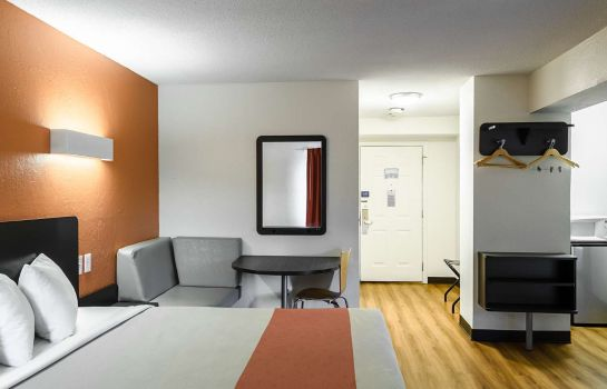 Habitación MOTEL 6 WESTBOROUGH