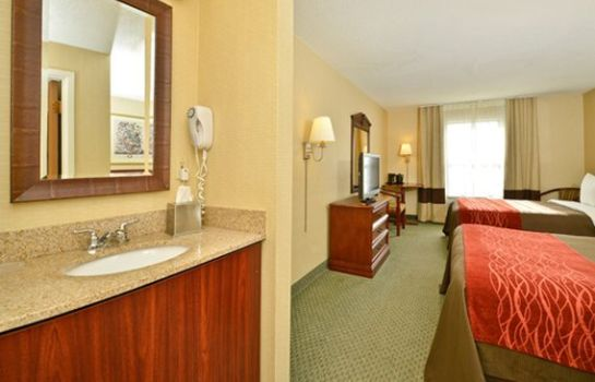 Suite Comfort Inn Airport