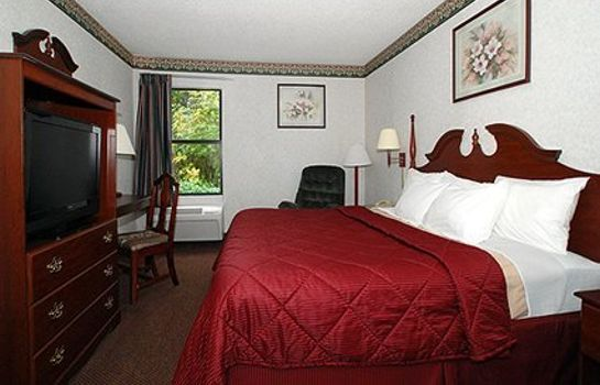 Suite Comfort Inn Near High Point University