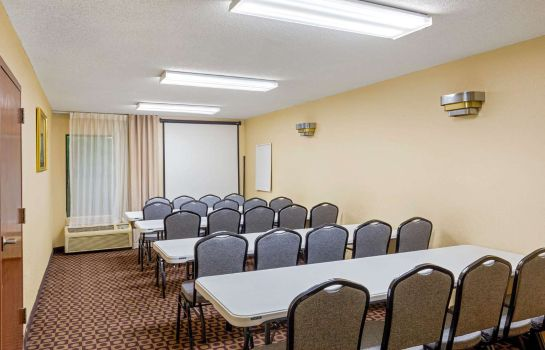 Conference room Quality Inn High Point - Archdale Quality Inn High Point - Archdale