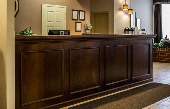 Hall Quality Inn and Suites Mansfield