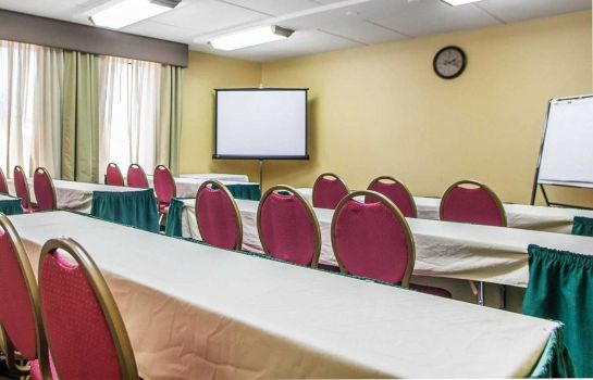 Conference room Comfort Inn Lehigh Valley West