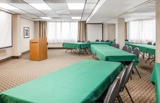 Conference room COMFORT INN AND SUITES ALEXANDRIA