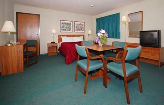 Suite Econo Lodge Rothschild