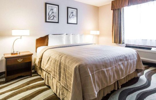 Suite Quality Inn & Suites Stoughton - Madison South
