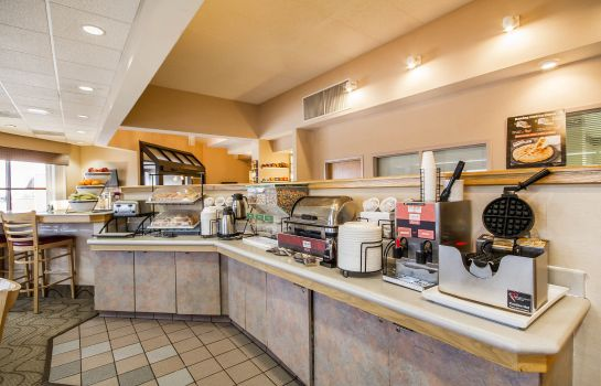 Restaurant Comfort Inn & Suites Madison - Airport
