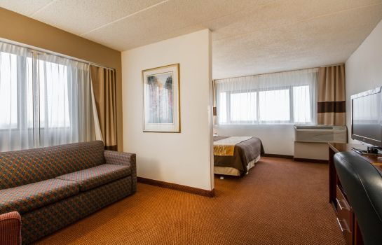 Zimmer Comfort Inn & Suites Madison - Airport