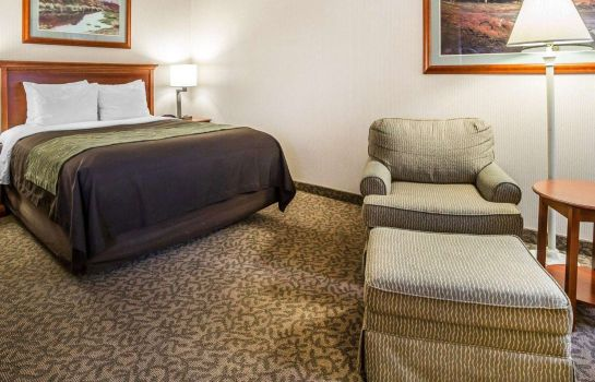 Suite Comfort Inn at Buffalo Bill Village Resort