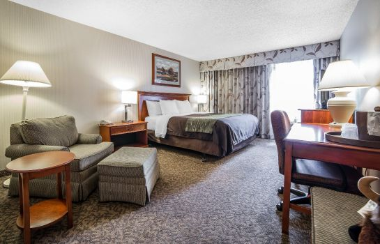 Zimmer Comfort Inn at Buffalo Bill Village Resort