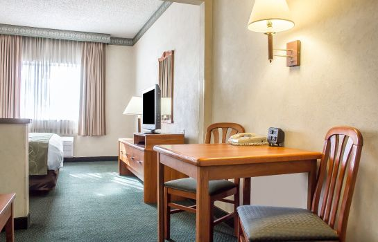 Zimmer Comfort Suites Phoenix North