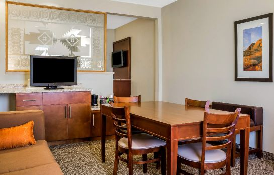 Zimmer Comfort Suites Old Town Scottsdale
