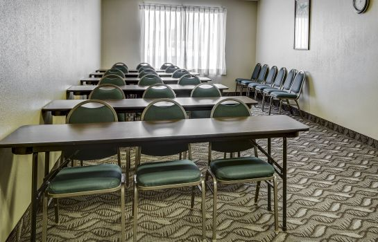 Conference room Quality Suites Baton Rouge Quality Suites Baton Rouge