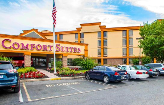 Exterior view Comfort Suites Allentown