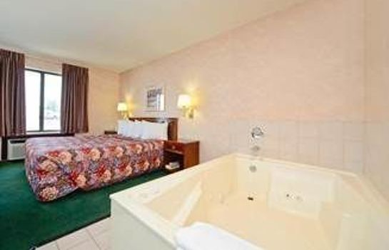 Jaccuzi Americas Best Value Inn - Ozark