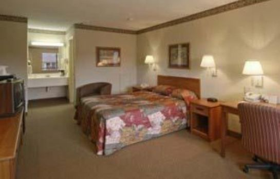 Suite Days Inn by Wyndham Bryan College Station