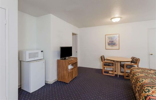Zimmer DAYS INN ANAHEIM WEST