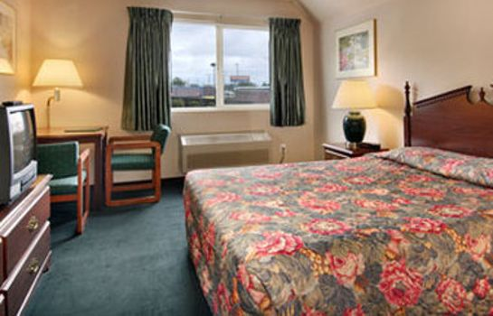 Zimmer DAYS INN SEATTLE AURORA