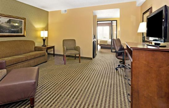 Suite Days Inn by Wyndham Cheyenne