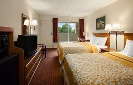 Room DAYS INN ALEXANDRIA