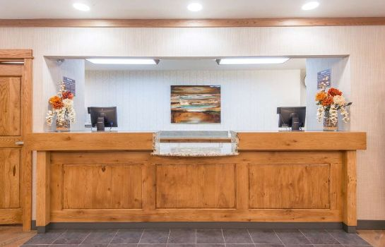Lobby DAYS INN & SUITES BOZEMAN