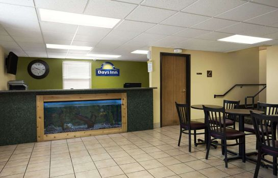 Hotelhalle Days Inn by Wyndham Wichita North