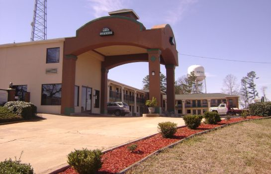 Exterior view GARDEN INN AND SUITES HOGANSVILLE