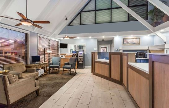 Hotelhalle Days Inn by Wyndham Cocoa Beach Port Canaveral