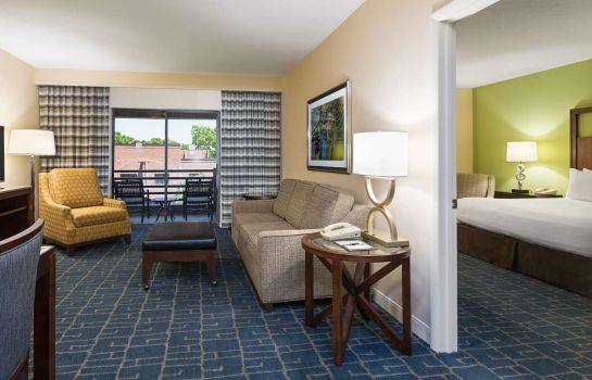 Room DoubleTree Suites by Hilton Hotel Charlotte - Southpark