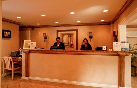 Hotelhalle Quality Inn and Suites Anaheim Maingate