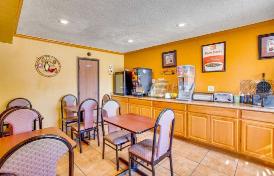 Restaurant Econo Lodge Inn and Suites Albuquerque Econo Lodge Inn and Suites Albuquerque