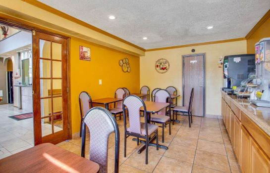 Restaurante Econo Lodge Inn and Suites Albuquerque