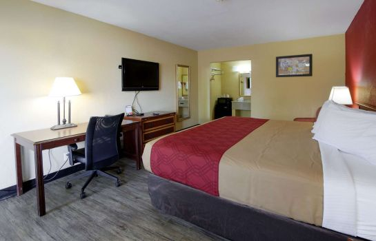 Zimmer Econo Lodge Town Center