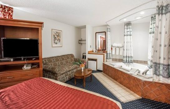 Suite Econo Lodge SeaTac Airport North
