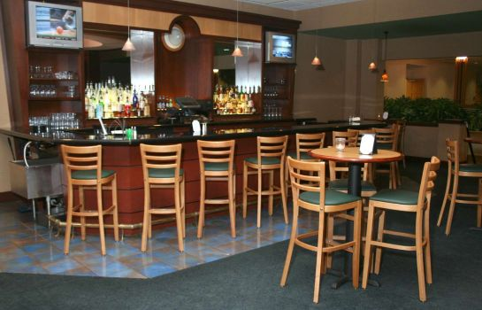 Bar del hotel Embassy Suites by Hilton Columbus Dublin