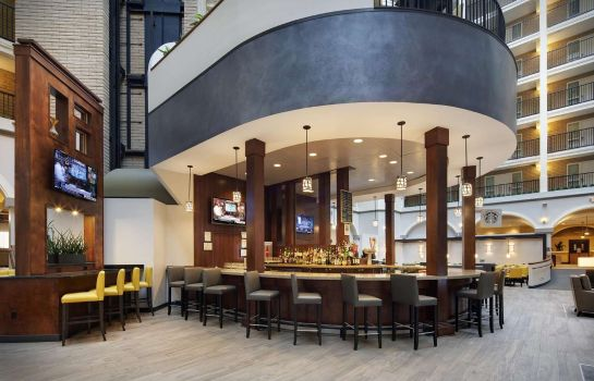 Hotel-Bar Embassy Suites by Hilton Dallas Park Central Area