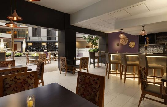 Hotel bar Embassy Suites by Hilton Irvine Orange County Airport