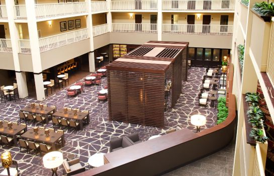 Hotelhalle Embassy Suites by Hilton Philadelphia Airport