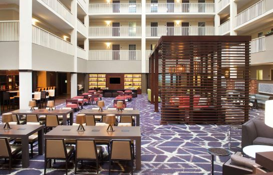 Hall Embassy Suites by Hilton Philadelphia Airport