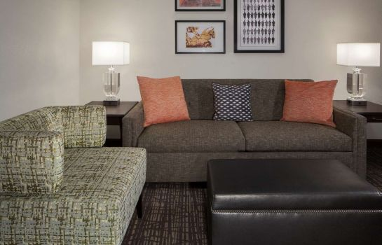 Zimmer Embassy Suites by Hilton Philadelphia Airport