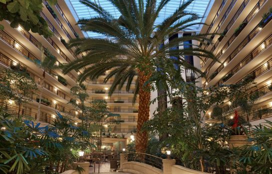Hotelhalle Embassy Suites by Hilton San Francisco Airport