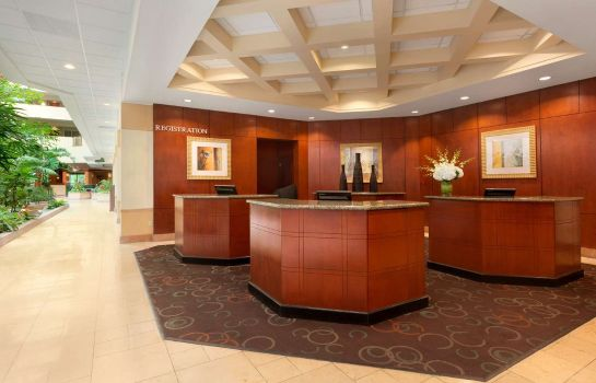 Hotelhal Embassy Suites by Hilton Tampa USF Near Busch Gardens