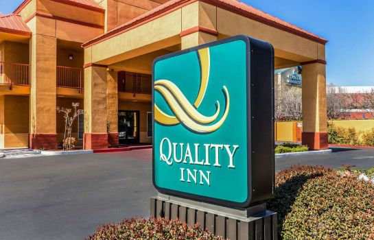 Buitenaanzicht Quality Inn Fresno Near University