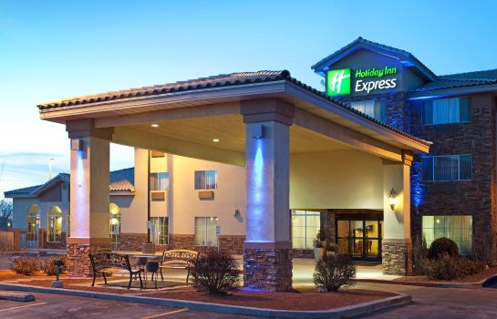 Außenansicht Holiday Inn Express & Suites FARMINGTON (BLOOMFIELD)