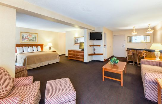 Suite Quality Inn and Conference Center