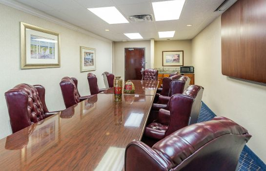 Conference room Quality Inn & Suites Yacht Club Basin