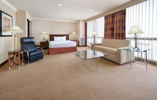Suite Hilton Chicago O*Hare Airport
